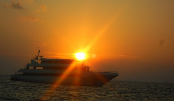 Sunset cruise Maldives