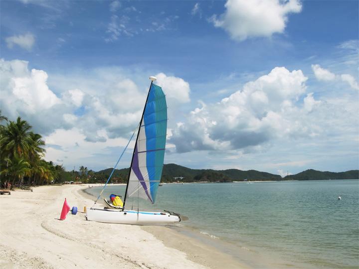 beach malaysia langkawi
