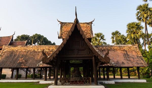 ton kwen temple chiang mai