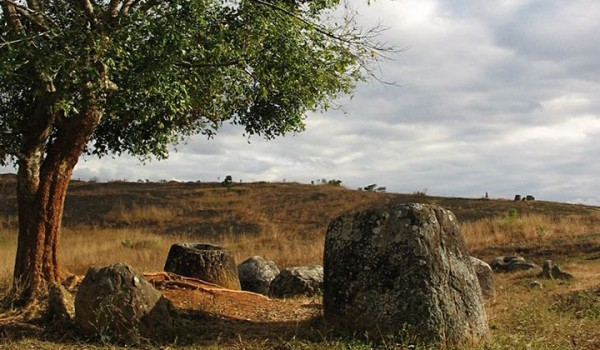 plain of jars laos